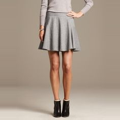 Rank & Style - Banana Republic Gray Flannel Fit-and-Flare Skirt #rankandstyle