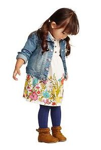 toddler Spring outfit, I actually have most of this, and could make it work for our spring cousins photo session.