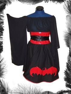 Bat Full Circle Skirt, Gothic, Lolita. http://www.emeraldangel.co.uk/ea649.html