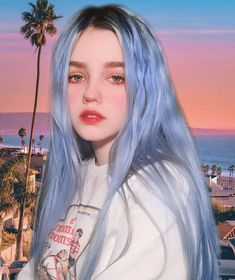 Image may contain: 1 person, sky and outdoor - Colorful Hair Medium Styles Aesthetic Makeup, Aesthetic Girl, Pretty People, Beautiful People, Hair Color Dark, Grunge Hair, Face Hair, Tumblr Girls, Ulzzang Girl