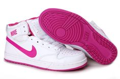 Image from http://www.qufashion.net/sport/wp-content/uploads/2015/01/wholesale-nike-mid-high-cut-women-shoes-nike-shoes-32635.jpg.