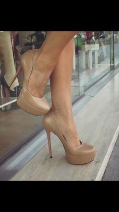 fba3e5a5bf 78 melhores imagens de Shoes
