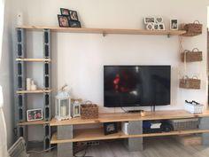 Mueble con bloques de hormigon