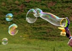 How to Blow Amazing Bubbles That Won't Pop [2 cups water, 1 cup joy dish soap, 1/2 cup corn syrup]