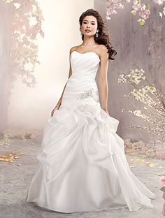 Alfred Angelo Bridal Style 2372 from Full Collection