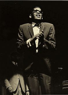 Ray Charles at the Pleyel Room in Paris, in 1969 (4 double concerts between 6 and 11 October).