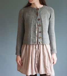 Looking for your next project? You're going to love Ramona Cardigan by designer thebrownstitch.