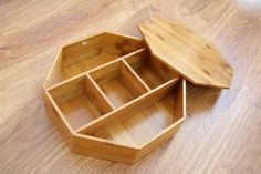 Bamboo box Vietnam - Round shape, great quality, various type. We can supply and making as custom demand. We have competive scoure bamboo and worker Wooden Christmas Crafts, Christmas Gift Decorations, Wooden Tea Box, Wooden Boxes, Diy Popsicle Stick Crafts, Bamboo Box, Diy Plastic Bottle, Wine Gift Boxes, Curated Gift Boxes