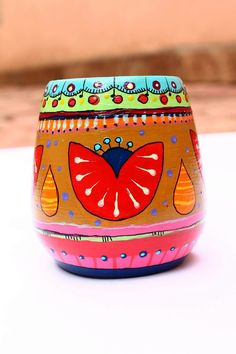 Ceramic Painting, Painting On Wood, Painted Pots, Hand Painted, Paper Mache Bowls, Mandala, Arts And Crafts, Diy Crafts, Paint Pens