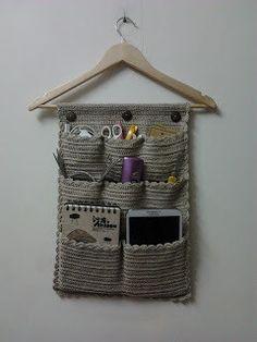 Crochet Square Patterns, Crochet Motifs, Macrame Patterns, Crochet Patterns Amigurumi, Crochet Designs, Crochet Home, Crochet Gifts, Knit Crochet, Diy Bralette