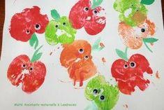 Activités tres simple pour tout les jeunes age il vos vraiment aimé ca ! Pour cette activité il faudra des pommes coupé en 2 et de la peinture de toute sorte de couleurs... #pommes #pomme #couleur #rouge #insecte #2ans #amusant #bricolage #bricolagedepomme #activité #toutelescouleurs #motricité #apprendresescouleur #lespommes #petityeux #adorable #emotions Petite Section, Kids Board, Food Crafts, Kindergarten, Preschool, Arts And Crafts, September, Apple, Fruit