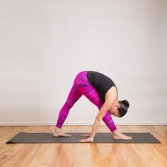 Pin for Later: The Perfect Yoga Sequence to Open Up Tight Hamstrings Intense Side Stretch Yoga Sequences, Yoga Poses, Stretches For Tight Hamstrings, Hamstring Stretches, Stretching Exercises, Standing Split, Side Lunges, Downward Dog, Leg Lifts