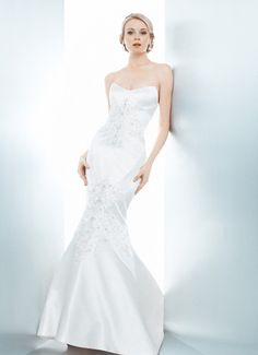 BIANCA - Wedding Gown / 2013 Collection - by Matthew Christopher - Available colours : White & Off White