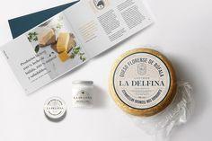 La Delfina Identity. Vanya Silva from Bunker3022 developed a premium-look branding with some hand-made signs. #Packaging #Branding #Illustration #ArtDirection #Inspiration
