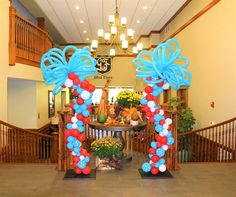 Dr Seuss balloon columns by This Is Whimsy Dr Seuss Party Ideas, Dr Seuss Birthday Party, Boy First Birthday, Birthday Balloons, Birthday Ideas, Dr Seuss Decorations, Balloon Decorations, Dr Seuss Day, Dr Suess
