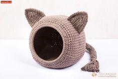 Crochet Home, Crochet Dolls, Knit Crochet, Cat Crafts, Easy Crochet Patterns, Pet Beds, Crochet Animals, Creative Crafts, Crochet Projects