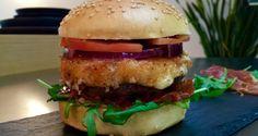 Der Altobelli Burger mit Mozzarella, Rucola und Tomaten auf BBQPit.de