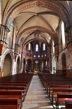 Nef de l'Eglise de Rabastens - Tarn by Vaxjo, via Flickr