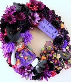Again I love wreathes!
