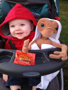Creative Baby Halloween Costume Ideas ET Baby Costume. More Creative Baby Halloween Costume Ideas on Frugal Coupon Living. The post Creative Baby Halloween Costume Ideas appeared first on Halloween Costumes. Stroller Halloween Costumes, Funny Baby Costumes, Baby Halloween Costumes For Boys, Halloween Kids, Babies In Costumes, Stroller Costume, Creative Baby Costumes, Google Halloween, Toddler Boy Halloween Costumes