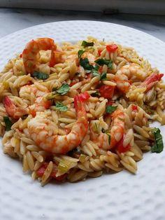 Cookbook Recipes, Cooking Recipes, Fish And Seafood, Pasta Salad, Drink, Ethnic Recipes, Crab Pasta Salad, Beverage, Chef Recipes