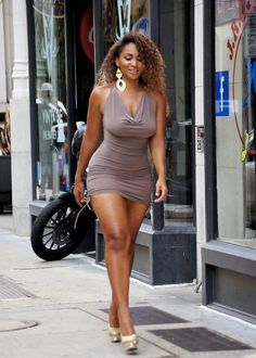 Audre Lorde invites the mature, and mature minded, to checkout her thoughts on full figured fashion and erotica for the curvy girl's romantic side. curvaceouscandies: Tiara STREET THICK!