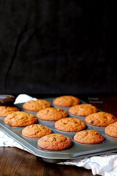 Pumpkin Spice Bran Muffins - Domestic Dreamboat Healthy bran muffins with pumpkin to keep them moist and loaded with the flavors of fall thanks to the addition of lots of flavorful spices. Oat Bran Muffins, Baking Muffins, Cinnamon Muffins, Apple Cinnamon, Healthy Breakfast Muffins, Delicious Breakfast Recipes, Breakfast Time, Yummy Food, Gourmet Recipes