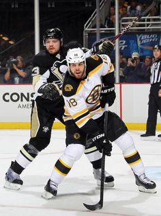 Penguins vs. Bruins - 06/01/2013 - Boston Bruins - Photo Galleries