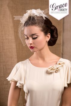 Flawless skin offset by red lips! #vintagewedding