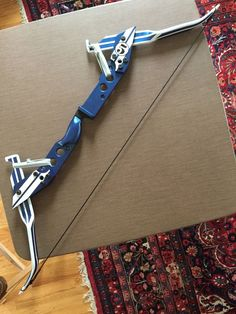 A power band bow themed after the Ford Mustang Shelby G. Diy Crossbow, Crossbow Arrows, Compact Bow, Archery Accessories, Recurve Bows, Homemade Weapons, Cosplay Weapons, Archery Bows, Survival Tools