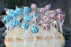 Gender Reveal Cake Pops | Traylor Made Treats: Gender reveal baby shower cake & cake pops