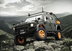 Mercedes-Benz G-Wagon LAPV 6.X Concept ready for the zombie apocalypse.