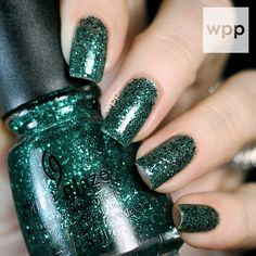 China Glaze Holiday 2014 Twinkle Collection Swatches, Review and GIVEAWAY! : work / play / polish- PINE-ING FOR GLITTER