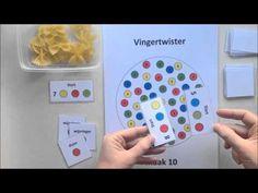 Vingertwister met drie vingers - Spel 2 - YouTube School, Youtube, Crowns, Youtube Movies