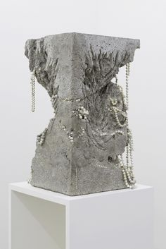 White Cube : Guillaume Linard-Osorio, Ecce terra, et cetera, Excavated, courtesy galerie Alain Gutharc