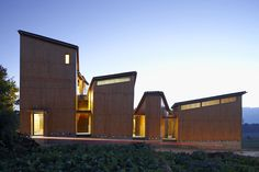 Trace Architecture Office: Museum of Handcraft Paper, Guaoligong, Cina