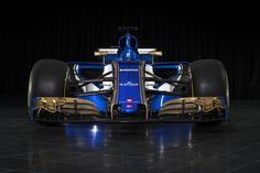 The new Sauber C36 is out. F1 2017 | 25th anniversary