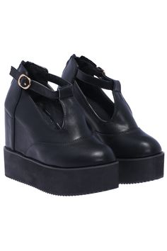 Black Thick-soled Buckle Shoes 32.67