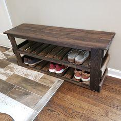 Shoe Storage Mudroom, Shoe Storage Display, Entryway Bench Storage, Bench With Shoe Storage, Diy Bench, Small Entry Bench, Shoe Shelves, Diy Projects Using Wood, Diy Furniture Projects