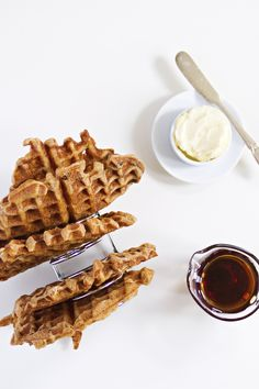 blueberry cream ale and apple wheat beer waffles