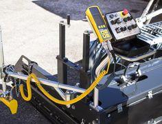 MOBA - MOBAmatic II , machine control on Bomag paver BF 900.