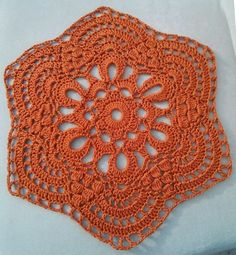 Links of crochet: Website with ready-made lace works
