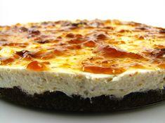 Cheesecake de figo com biscoitos de alfarroba