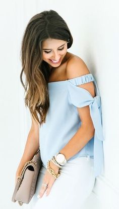 summer outfits The Most Romantic Top ✨ Blouse Styles, Blouse Designs, Casual Outfits, Cute Outfits, Fashion Outfits, Spring Summer Fashion, Spring Outfits, Popular Outfits, Fashion Details
