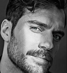 A positive community that encourages, enjoys and champions ladyboner-inducers of all types, showing the rest of the internet that, yes, ladies can. Mens Hairstyles Pompadour, Pompadour Fade, Cute Guy Haircuts, Haircuts For Men, Taper Fade, High Fade, Bald Fade, Crew Cuts, Henry Cavill Beard
