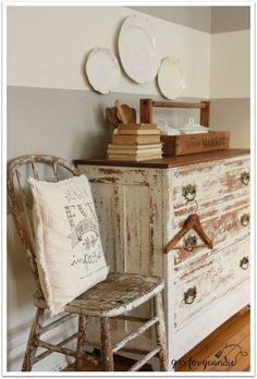 Chippy farmhouse style dresser.
