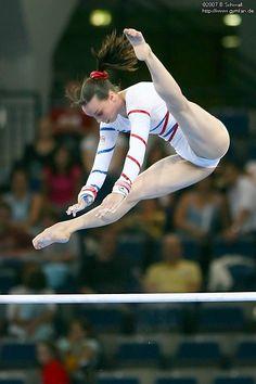 Gymnastics Flexibility, Acrobatic Gymnastics, Sport Gymnastics, Olympic Gymnastics, Olympic Games, Gymnastics Problems, Amazing Gymnastics, Gymnastics Photography, Gymnastics Pictures