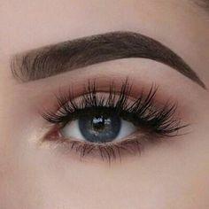 "Lashes on Fleek History of eye makeup ""Eye care"", put simply, ""eye make-up"" has long Natural Eye Makeup, Natural Eyes, Eye Makeup Tips, Makeup Goals, Skin Makeup, Makeup Inspo, Makeup Inspiration, Makeup Ideas, Makeup Style"