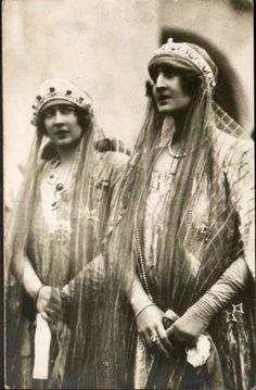 "ladytudorrose: "" carolathhabsburg: "" vintage-royalty: "" Queen Marie of Romania and her daughter Elisabeth. "" Its Queen Marie of Yugoslavia AKA Mignon nee pss of Romania (left) with sister Elisaveta,. Royal Crowns, Tiaras And Crowns, Antique Photos, Old Photos, Romanian Royal Family, Royal Jewelry, Jewellery, Blue Bloods, Royal House"