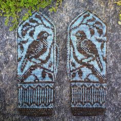 Ravelry: Songbird Mittens pattern by Erica Heusser Knitted Mittens Pattern, Knit Mittens, Knitted Gloves, Knitting Socks, Knitting Patterns, Crochet Patterns, Knitting Wool, Cast On Knitting, Fair Isle Knitting